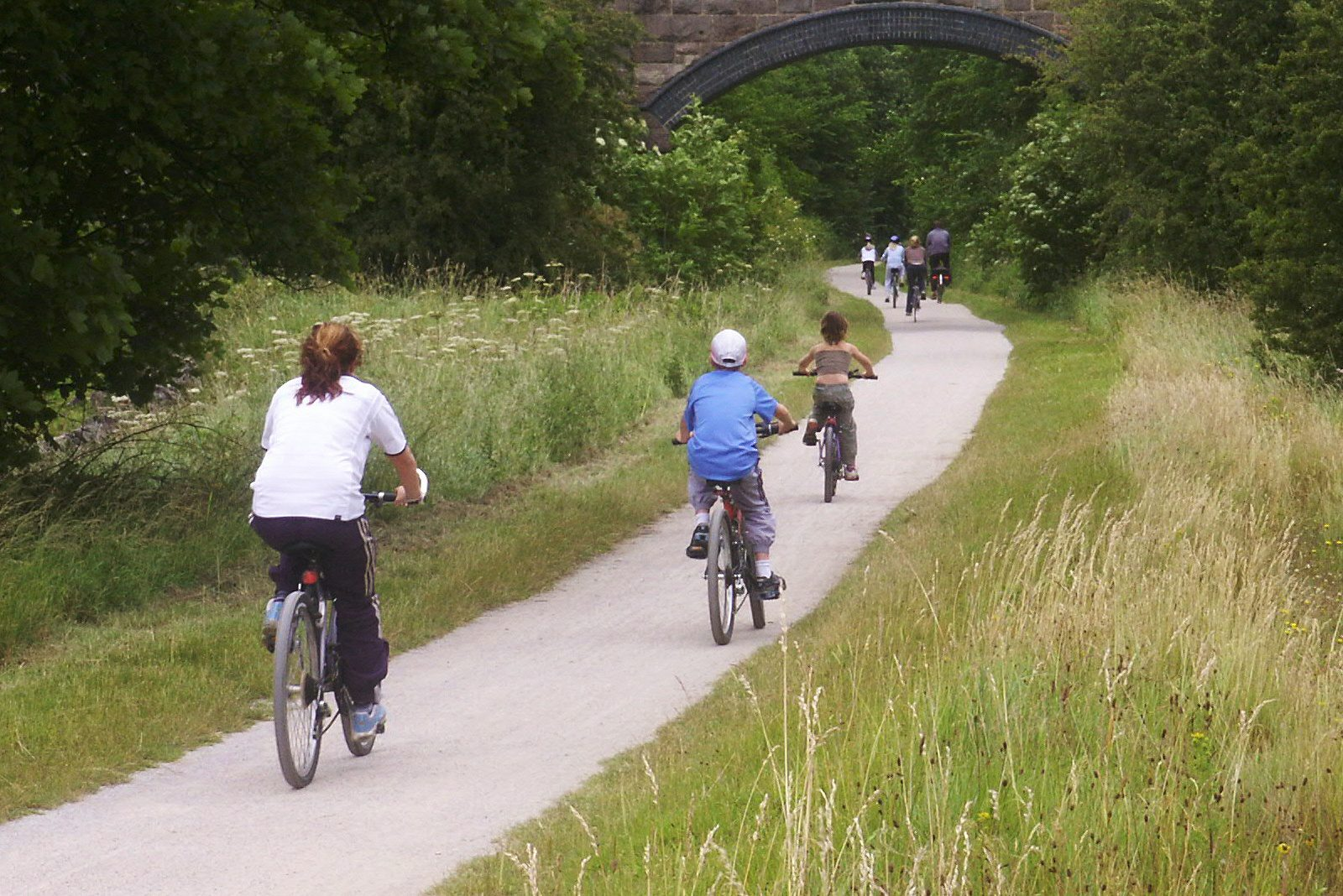 Visit the Tissington Trail with Allied Taxis