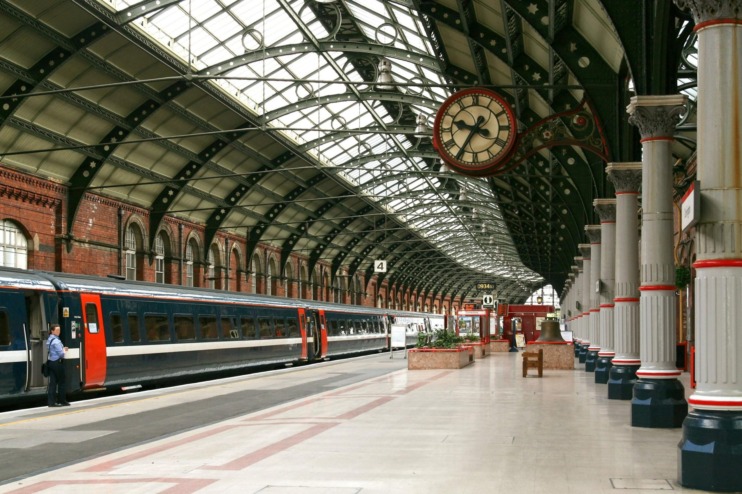 Get tp the station on time with Allied Taxis of Buxton